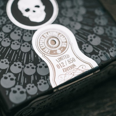 Superior Brand Playing Cards: Skull & Bones PHANTOM EDITION