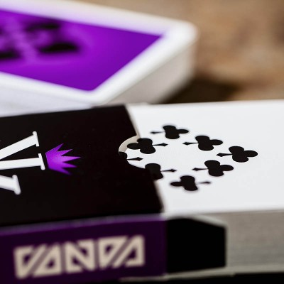Vanda Playing Cards: Violet Edition